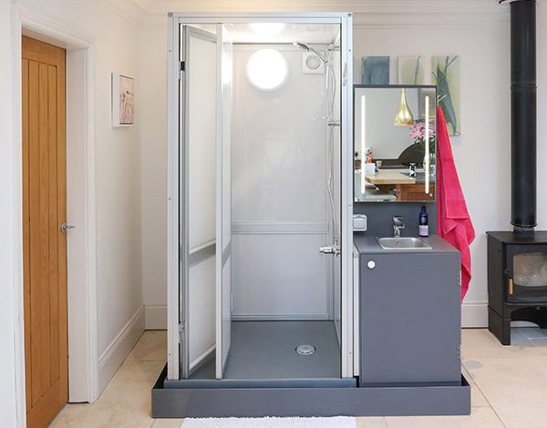 Popup shower supplied by the Temporary Solutions Group